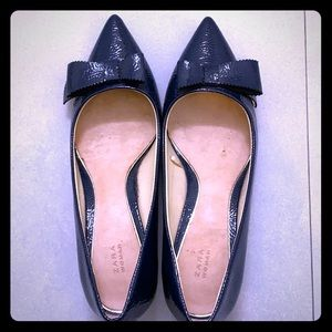 Zara dark blue pointy low heel
